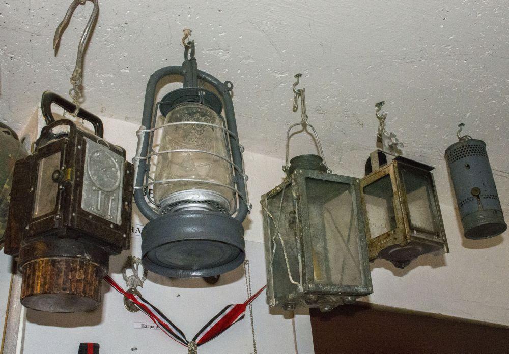 Коллекция фонарей.