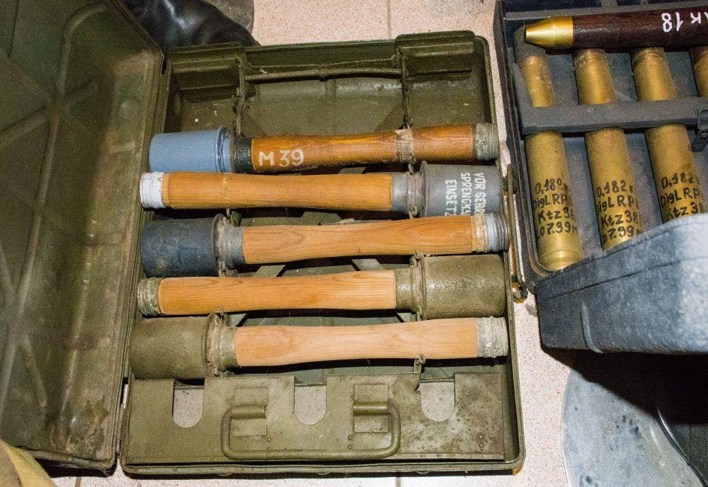 Макеты ручных гранат.