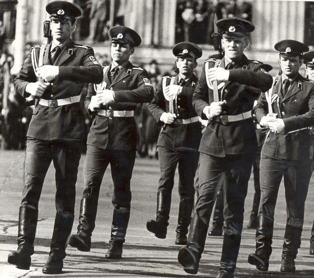 Курсанты ПВВКИКУ участвуют в Параде Победы, 1983 г.