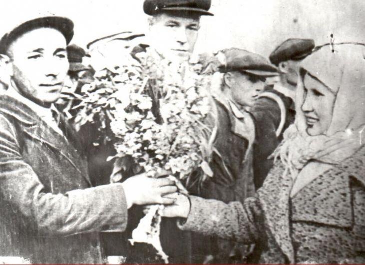 Проводы призванных на фронт в Сыктывкаре, 1941 г.