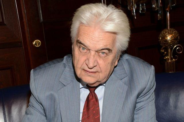 Евгений Крылатов родился в Лысьве.