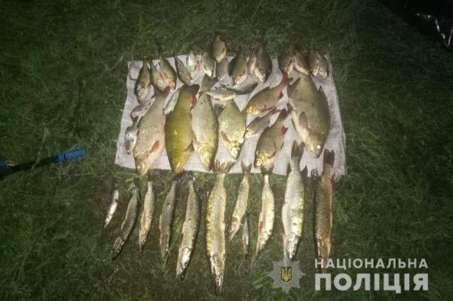 В зоне отчуждения ЧАЭС полиция задержала браконьеров, ловивших рыбу