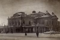 Драмтеатр Омска стал родным для театра Вахтангова в суровые годы войны.