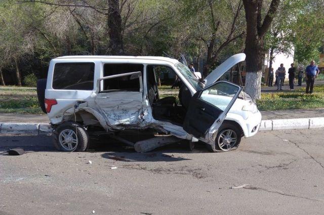 В результате ДТП 16-летняя пассажирка «УАЗ» скончалась в больнице.