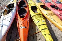 Спасатели предупредили туристов, что весенний сплав несет определенный риск. Вода холодная и мутная, а потоки на реках в это время года значительно увеличиваются