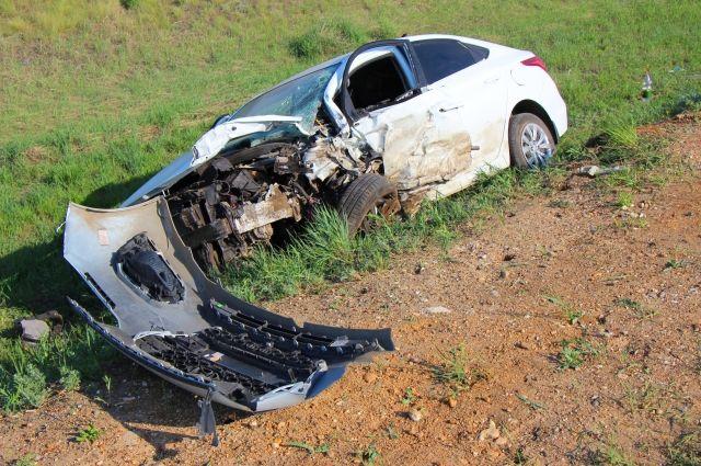 На трассе Оренбург-Акбулак в ДТП погиб человек, еще 4 пострадали