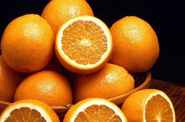 Если выпивать хотя бы по стакану апельсинового сока ежедневно, то у него на четверть снижается риск смертельных инсультов.
