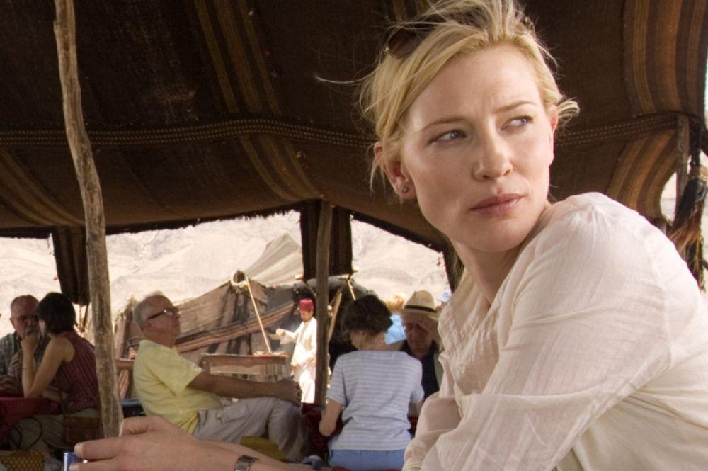 В 2006 году Кейт снялась у Алехандро Гонсалеса Иньярриту в фильме «Вавилон» в роли туристки Сьюзан, путешествующей по Северной Африке и становящейся жертвой случайной пули. Ее партнерами по фильму стали Брэд Питт и Гаэль Гарсиа Берналь.