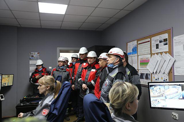 По итогам рабочих поездок на алюминиевые заводы Олег Салагай отметил высокий уровень организации охраны труда и здоровья сотрудников на предприятиях РУСАЛа.
