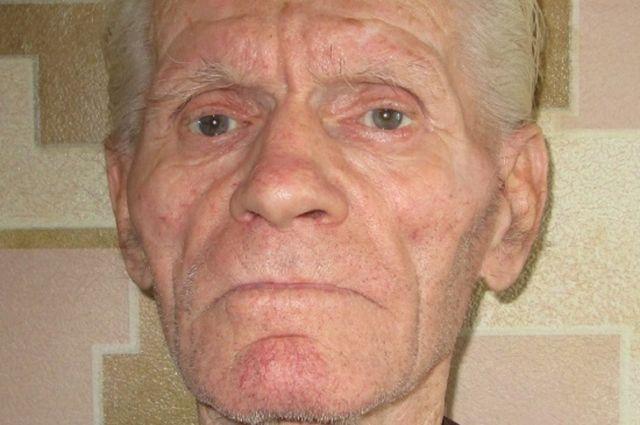 Приметы пропавшего пенсионера: Рост: 170 сантиметров, телосложение xудощавое, глаза серые, волосы седые, стрижка короткая.