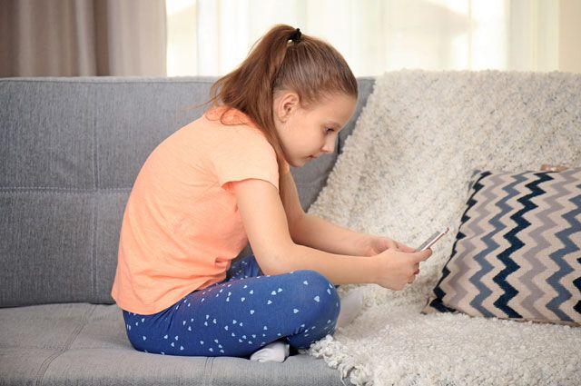 Не гните спину перед гаджетами. Как сохранить спину ребёнка здоровой?