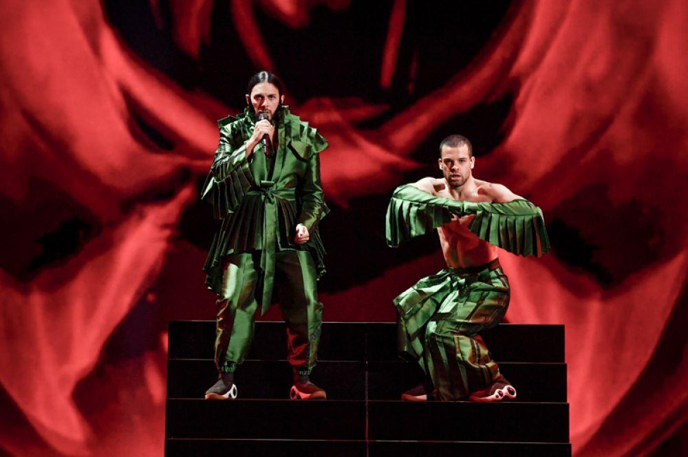 Певец Конан Осирис с песней «Telemoveis» будет представлять Португалию.