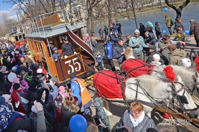 Парад трамваев 20 апреля стал самым массовым за пятилетнюю историю его проведения. Следующий пройдёт 3 июля, вДень московского транспорта.