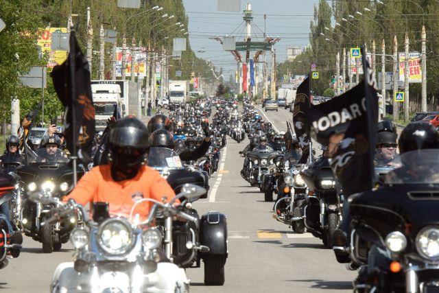 Столько мотоциклов одновременно Воронеж, пожалуй, ещё не видел...