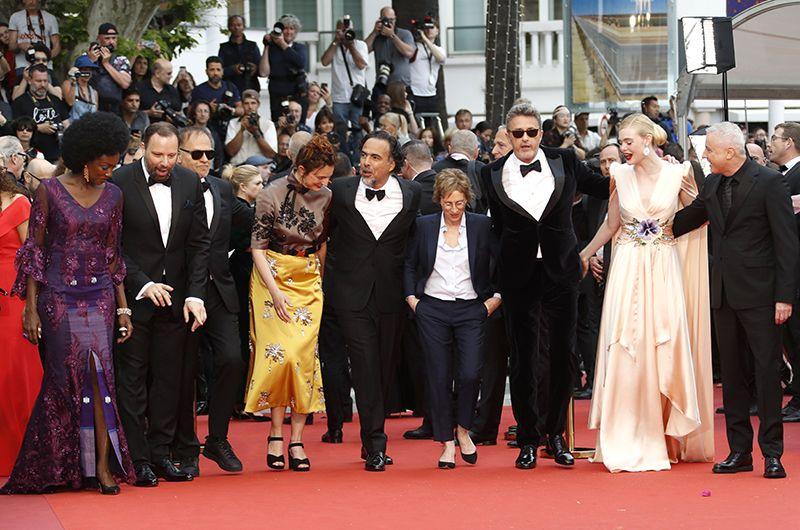 Президент жюри 72-го Каннского кинофестиваля Алехандро Гонсалес Иньярриту и члены жюри.