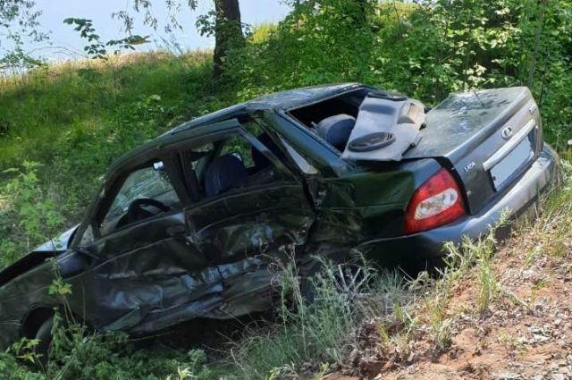 В Тоцком районе в ДТП с BMW погиб водитель «Лады»