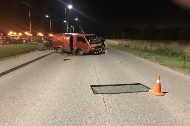 В Зеленоградском районе погиб водитель, ремонтировавший машину на дороге