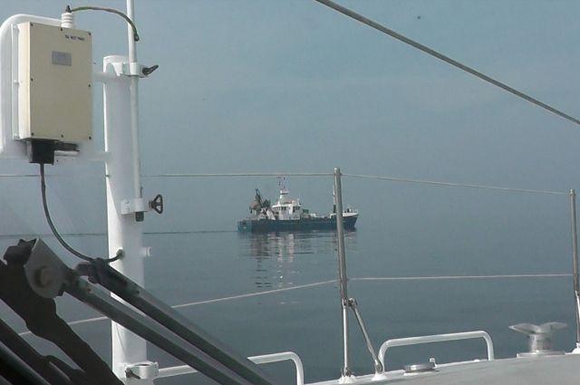Калининградские пограничники задержали финское рыболовецкое судно