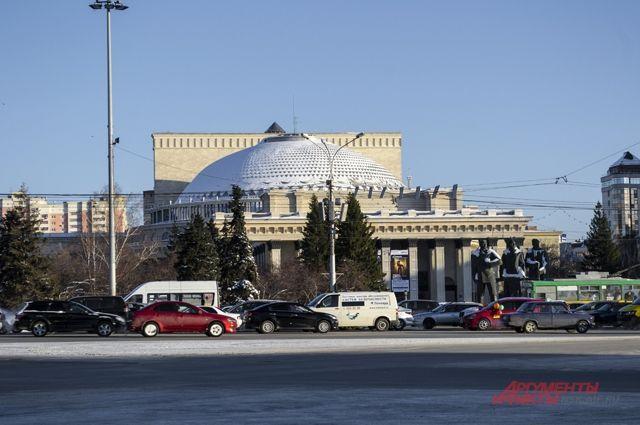 Сквер назвали Театральным: такое название всегда ходило в народе.
