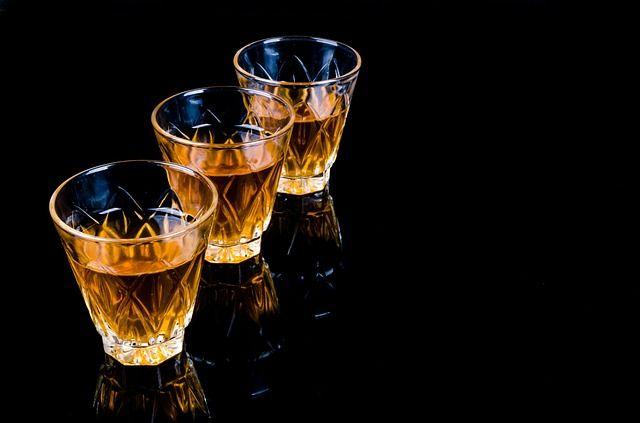 В некоторый районах Винницкой области ввели ограничения продажи алкогольной продукции в связи с повышением уровня преступности.