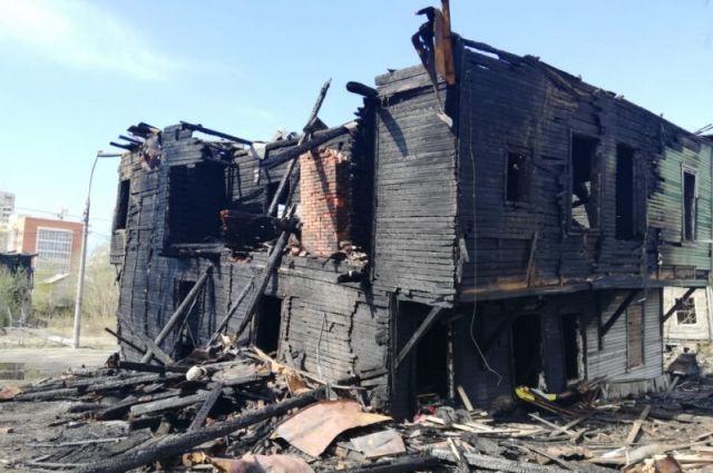 Сгоревший «Дом Гринфельда». Особняк простоял 116 лет