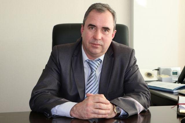 Горсовет Орска принял отставку мэра Андрея Одинцова