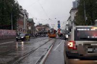 ДТП с участием трамвая №6. Электротранспорт перегородил движение.