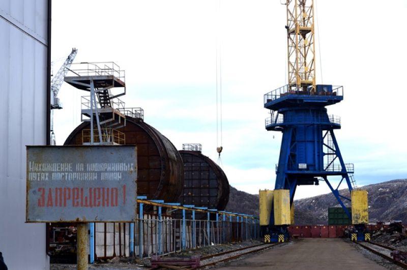 Одноотсечные блоки атомной подводной лодки, которые готовы к транспортировке.