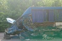 Кровавое ДТП под Винницей: иномарка столкнулась с маршруткой, есть погибшие и пострадавшие