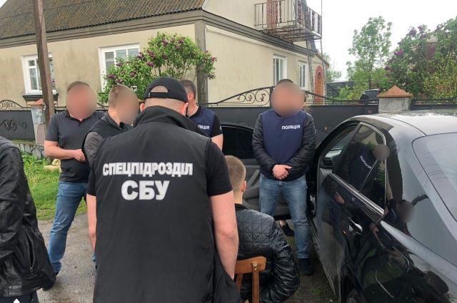 За взятку в размере 15 тысяч гривен задержан сотрудник фискальной службы