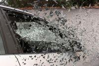 Водитель не справился с управлением, в результате чего транспортное средство перевернулось.