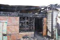 Сгоревший дом.