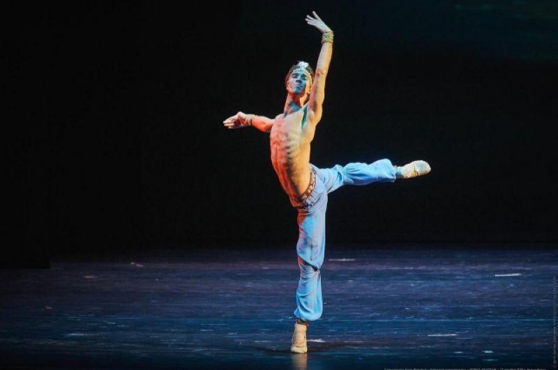 Михаил Недельский