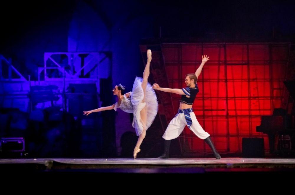 Солисты Новосибирмкого балета Екатерина Лихова, Никита Ксенофонтов. На выступлении 1 июля.