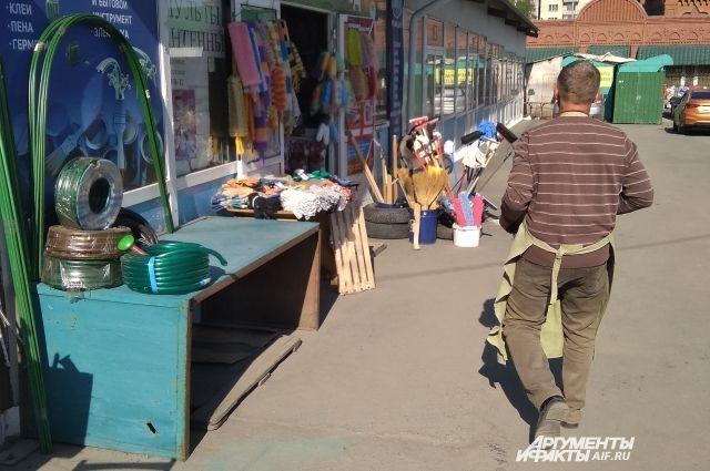 В Омске проверяют места несанкционированной торговли