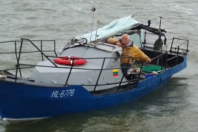 Иностранное рыболовное судно задержано в Куршском заливе