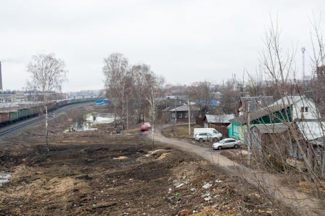 На отремонтированной дороге в Нижнеомском районе провалился грейдер