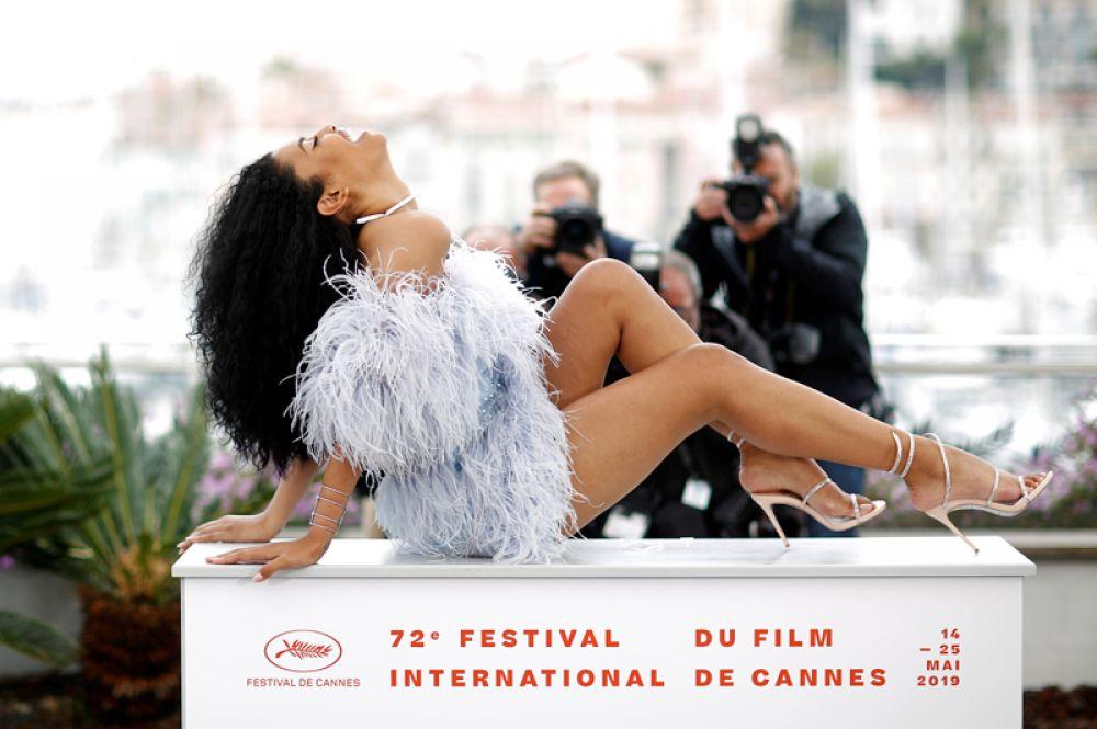 Актриса Лейла Блум на фотоколле перед показом фильма «Порт-Аторити» на 72-м Каннском кинофестивале.