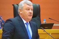 2012 человек подписали петицию за отставку Сергея Гапликова.