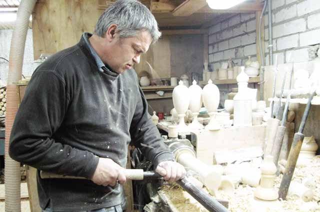 Превратить чахлую деревню в процветающую поможет творчество и предпринимательская жилка?