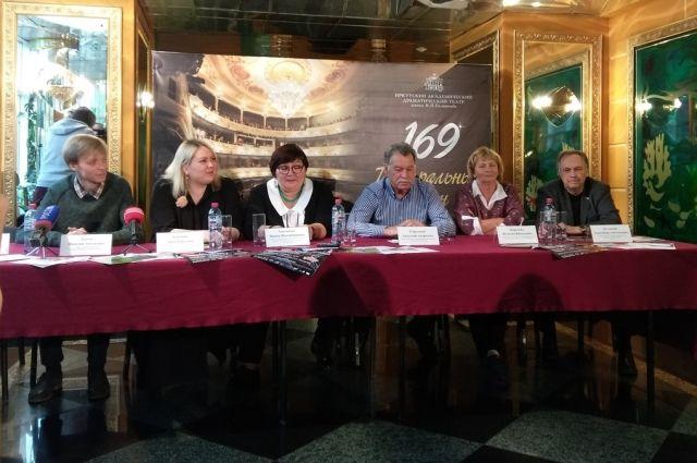 Актёры рассказали о тёплом приёме во Франции.