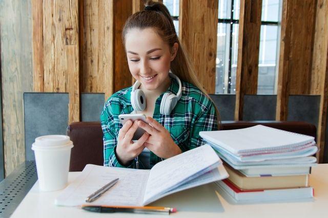 Ямальские школьники могут заработать за лето