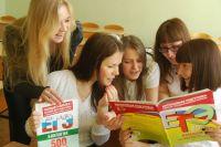 В республике стартовал основной период экзаменационной кампании девятиклассников, в которой примет участие 9661 человек.
