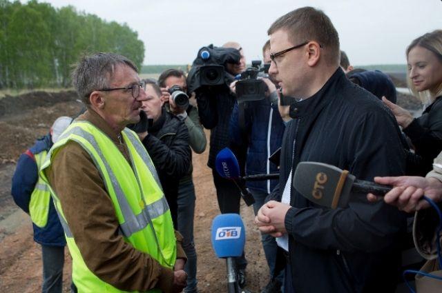 В Аргаяшском районе глава региона проверил ход дорожных работ.