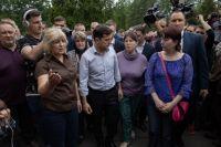 Зеленский встретился семьями погибших горняков во Львовской области