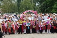 В чеченских школах много детворы.