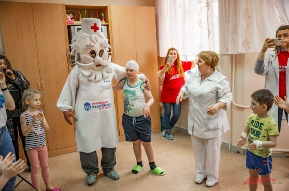 Ребятишки во время конкурсов забывали о своих травмах и болезнях.