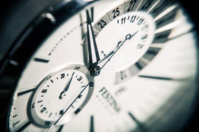 В собственности сенатора находятся «сложные часы на 32 турбийона».