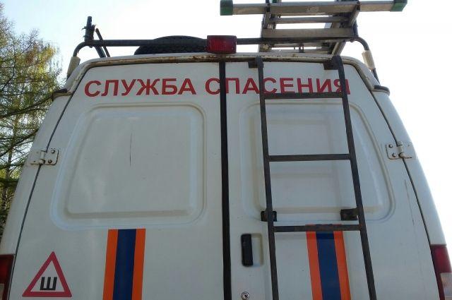 Спасатели выехали на место происшествия по заявке Следственного комитета.