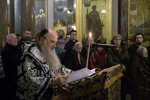 Новосибирского священника наградили за противодействие экстремизму